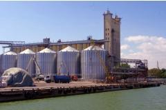 Растут речные перевозки зерна